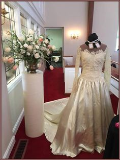 The Story of Eileen's Wedding Dress
