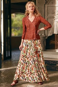 Soft Surroundings' collection of womens skirts add an elegant, feminine feel to any outfit. From maxi skirts to peasant styles, our stylish skirts are perfect for any occasion. Long Skirts For Women, Long Maxi Skirts, Boho Skirts, Long Floral Skirts, Mini Skirts, Skirt Outfits, Dress Skirt, Modest Fashion, Fashion Outfits