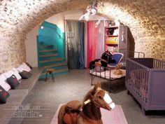 OUI OUI OUI studio  Le Petit Souk  l enfant décoration, cadeau de  naissance, papeterie, meubles, nouveautés. Shop display, store interior. f8b11ac5baa5