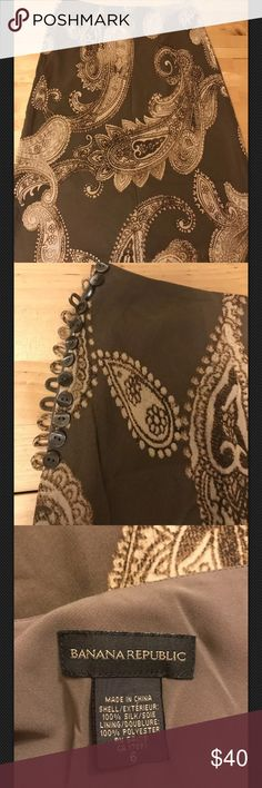 Banana Republic Brown Paisley Silk Skirt 6 like new with cute side buttons Banana Republic Skirts Midi