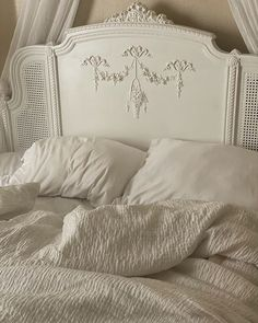 Dream Rooms, Dream Bedroom, Bedroom Inspo, Bedroom Decor, Pretty Room, Room Goals, Aesthetic Room Decor, My New Room, Room Inspiration