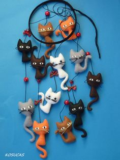 Sorceress: Felt agile with cats. by Kosucas by leanna - Sorceress: Felt agile with cats. by Kosucas by leanna, # felt - Cat Crafts, Diy And Crafts, Crafts For Kids, Arts And Crafts, Felt Cat, Felt Toys, Felt Ornaments, Felt Animals, Crazy Cats