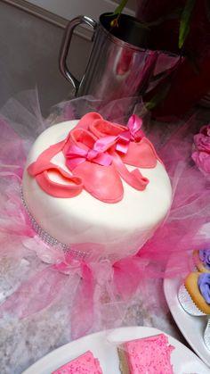 Baby Ballerina baby shower cake