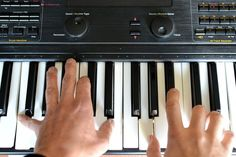 How to Teach Yourself to Play Piano or Keyboard