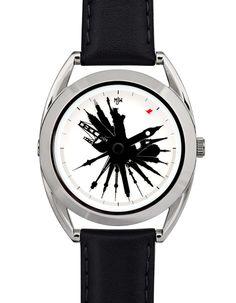 """""""Time Traveller"""", cette montre vous dit quelle heure il est dans les grandes villes autour du monde."""