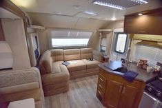 The Lance 2465 Travel Trailer offers plenty of space and storage for all of your travel needs. Truck Bed Camper, Popup Camper, Lance Campers, Camper Trailers, Travel Trailers, Vintage Trailers, Vintage Campers, Rv Organization, Rv Interior