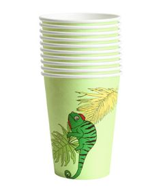H&M Home offers a large selection of top quality interior design and decorations. Find the right accessories for your home online or in-store. Paper Cups, H&m Home, Decor Interior Design, Tableware, Detail, Kitchen, Party, Dinnerware, Cooking