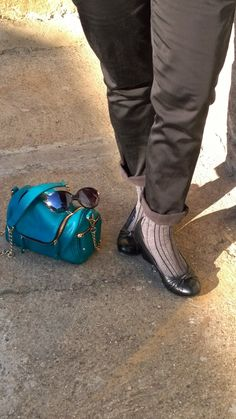 Shoes & socks, handbag & sunglasses http://abfunkyjungle.blogspot.it/2014/04/casually-grey.html