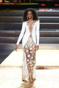 Beautiful Miss Universe dresses: Miss Dominican Republic Verdadera representación de la mujer dominicana
