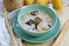 Zupa grzybowa zabielana Wild Mushrooms, Stuffed Mushrooms, Stuffed Peppers, Mushroom Soup, Mushroom Recipes, Celeriac, Peeling Potatoes, How To Cook Pasta
