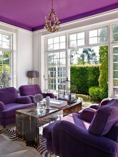 Adding visual interest with ceilings can be a creative and dramatic way to brighten your room. Design Inspiration: ULTRA VIOLET 2018 Pantone color of the year — The Decorista Purple Home Decor, Purple Interior, Decorating With Purple, Deco Violet, Living Room Color Combination, Living Room Designs, Living Room Decor, Purple Furniture, Home Decor Ideas
