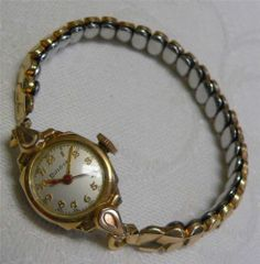 Vintage Ladies 10K Rolled Gold Bezel Bulova Watch Wristwatch GF Band Repair | eBay Ebay Watches, Bulova Watches, Old Watches, Antique Watches, Vintage Watches, Ladies Watches, Wrist Watches, High Jewelry, Vintage Antiques