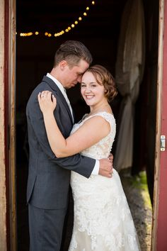 Erin & Jarod 's Sweet Yellow & Grey Barn Wedding|Photographer: Miranda Lynn Photography