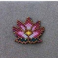# jewelry # jewelry # forsale # for sale # earrings # handmade # handcraft # my . Beaded Brooch, Beaded Earrings, Earrings Handmade, Seed Bead Earrings, Seed Beads, Handmade Jewelry, Bracelet Patterns, Beading Patterns, Beading Tutorials