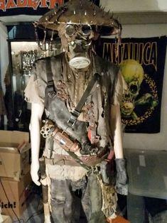 Aesthetic Apocalypse – Postapocalyptic Costumes / Endzeitkostüme