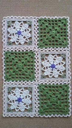 This Pin was discovered by Све Free Crochet Doily Patterns, Crochet Motifs, Crochet Blocks, Granny Square Crochet Pattern, Crochet Squares, Crochet Granny, Filet Crochet, Crochet Designs, Crochet Doilies