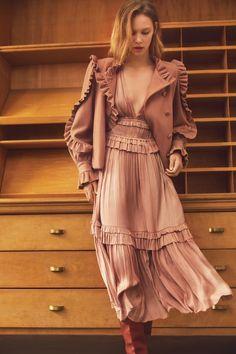 Tall Fashion Tips .Tall Fashion Tips 1940s Fashion, Fashion 2020, Look Fashion, Fashion Details, High Fashion, Fashion Show, Fashion Design, Fashion Trends, French Fashion