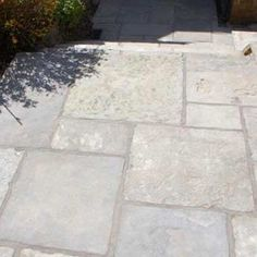 Terrassen Ideen - Case study: A customer's story from selection to completion Paving Stone Patio, Sandstone Paving, Patio Slabs, Garden Paving, Paving Stones, Garden Stones, Stone Patios, Rustic Gardens, Outdoor Gardens