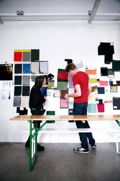 En el estudio de J W Anderson: Un muro de inspiración