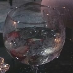 Gin tonic with strawberry at M@y way