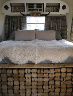 camper remodeling ideas pictures | Hot Posts: 04.12.2009 Los Angeles | Apartment Therapy