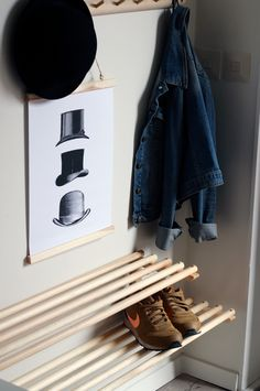 Porch Interior, Hall Interior, Diy Interior Hacks, Diy Projects To Try, Home Projects, Diy Shoe Rack, Small House Design, Home Pictures, Small Rooms