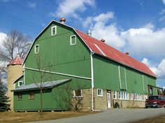 Southern Ontario Barn by Greg's Southern Ontario (catching up slowly), via Flickr