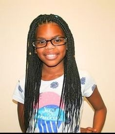 Are you looking for box braids for kids? Yes, you've reached the right place as here at MrKidsHaircuts we have shared the best 31 box braids for kids. Baby Girl Haircuts, Haircuts With Bangs, Cool Haircuts, Thick Box Braids, Kids Box Braids, Box Braids Hairstyles, Girl Hairstyles, Top Braid, Cool Braids