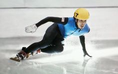 apolo anton ohno. looking forward to him in the upcoming olympic games. :D