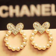 Chanel pearl heart earrings