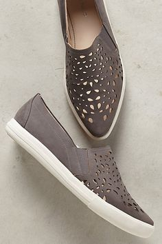 This Season's Gold - Sunday Favorites // Just for Kicks Santina Sneakers #anthropologie http://bit.ly/1QgyQQK