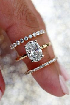 Gold Band Engagement Rings, Gold Wedding Rings, Engagement Ring Settings, Wedding Ring Bands, Oval Shaped Engagement Rings, Vintage Wedding Ring Sets, Vintage Oval Engagement Rings, Most Beautiful Engagement Rings, Traditional Engagement Rings