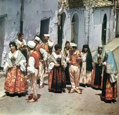Costumes of the Arbëreshë people