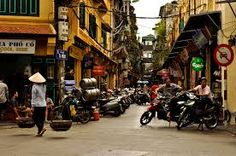 Bilderesultat for old town hanoi vietnam Pont Du Gard, Hanoi Vietnam, Old Town, Street View, Travel, Old City, Viajes, Trips, Tourism
