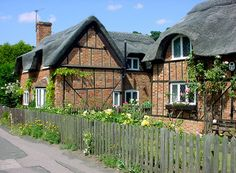 Thatched cottages in Woburn Street, Ampthill, Bedfordshire