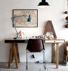 Cargo containers in offices office design home office ideas with wooden desk Organization station home work office design interior crafts or. Workspace Design, Office Workspace, Home Office Design, Office Decor, Office Designs, Office Ideas, Industrial Workspace, Office Table, Rustic Office