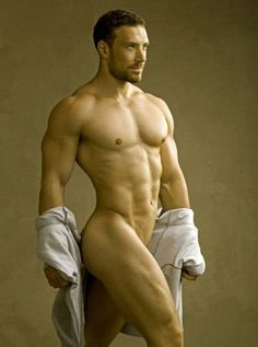 MASCULINE DOSAGE Guillaume A. in Un Bel Homme by David Vance.
