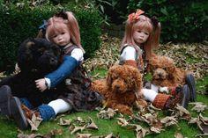 Lizzi twins by Marjolein