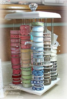 love this way to store ribbon!