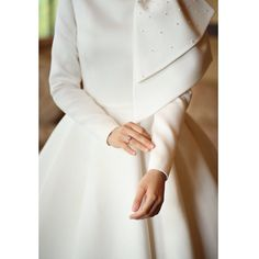 the most graceful simple wedding dresses with sleeves page 2 Muslimah Wedding Dress, Muslim Wedding Dresses, Muslim Dress, Hijab Dress, Bridal Dresses, Dress Wedding, Simple Wedding Dress With Sleeves, Dresses With Sleeves, Muslim Fashion