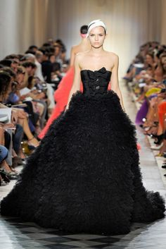 Giambattista Valli Haute Couture Fall Winter 2011/2012 PARTE II