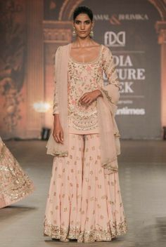 Lovely Heavy Designer newest Assortment of Bridal Lehenga and Get together put on Lehe Indian Bridal Outfits, Indian Fashion Dresses, Dress Indian Style, Pakistani Outfits, Indian Wedding Wear, Punjabi Fashion, Fashion Outfits, Lehenga Choli, Anarkali