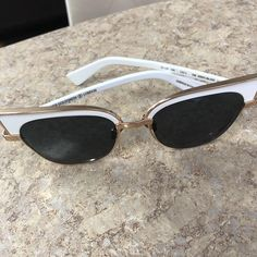 Beauty in white @olivergoldsmithsunglasses  #sunglass #sunglasses #optical #optique #prescription #polarized #white #fashionistas #fashion #fashionblogger #perfectfit #scottsdale #arizona