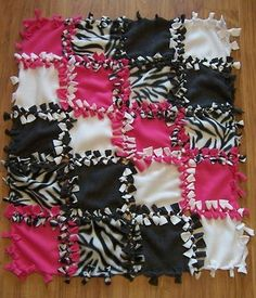 No Sew Tie Blanket/Quilt @ Do It Yourself Pins
