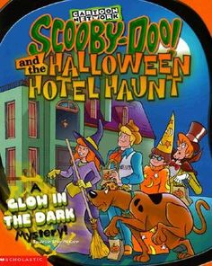 Scooby-doo And The Halloween Hotel Haunt: A Glow in the Dark Mystery! (Scooby-Doo)