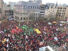 25000 people marching in Germany right now for clean energy & solving climate change. #CleanEnergyRevolution  #cleanpower #cleanenergy #cleanenergyeconomy #CleanEnergyJobs #renewable #renewables #renewUSAJobs #renewablepower #renewableenergy #renewamerica #solar #solarroof #solarpower #solarenergy #solarpanels #wind #windpower #windenergy #climatechange #climate #ClimateChaos #climatecrisis