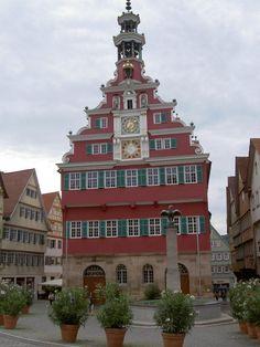 Esslingen, Altes Rathaus, erbaut 1420 als städtisches Kauf- und Steuerhaus