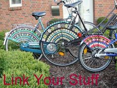 Ravelry: Pimp Your Bike, Crocheted Skirt Guards, Bicycle Community, Jaspermuster Sample by Meertje Crochet Designs, Crochet Patterns, Crochet Ideas, Pimp Your Bike, Bike Seat Cover, Seat Covers, Paper Strips, Yarn Bombing, Christmas Star