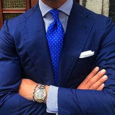 """violamilano: """"Style by @vincent_frederiks… Wearing a Viola Milano """"Sky Floral"""" silk tie, handrolled """"White Linen"""" pocket square & """"Denim Sky"""" bracelet… www.violamilano.com #vm #violamilano #handmade #madeinitaly #luxury #essential #timeless #classic..."""
