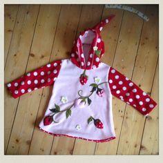 Hängerchen & Tuniken - ♥ Erdbeer Tunika ♥ Anti-Pilling Polarflies - ein Designerstück von dani_k bei DaWanda